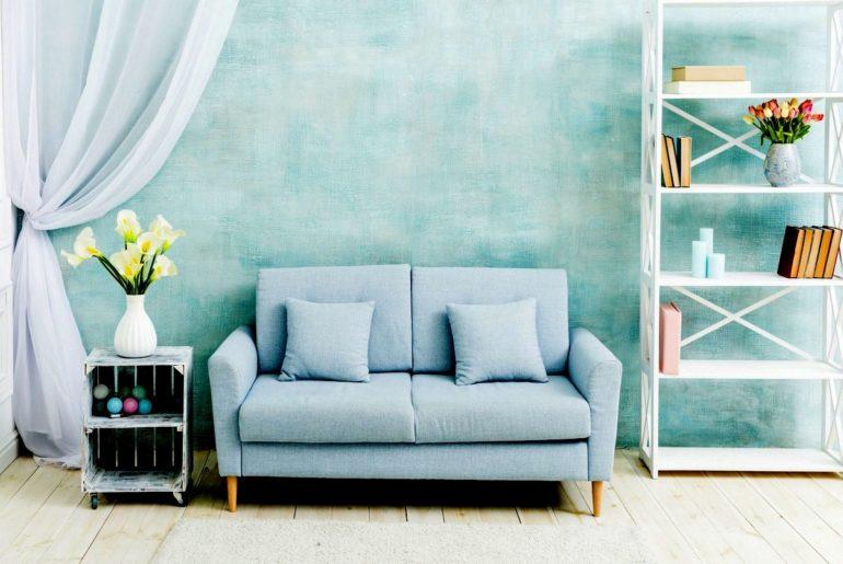 Beautiful home - blue sofa