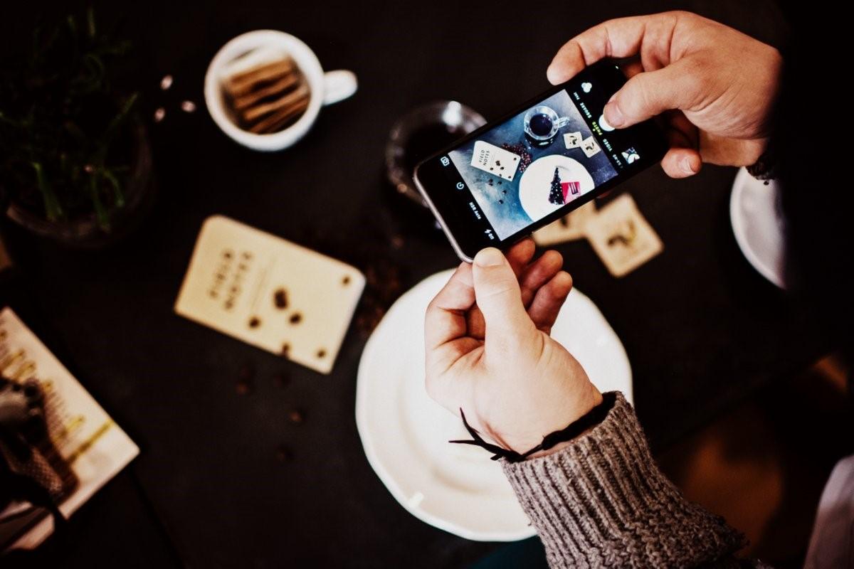 Cameras and blogging (1)