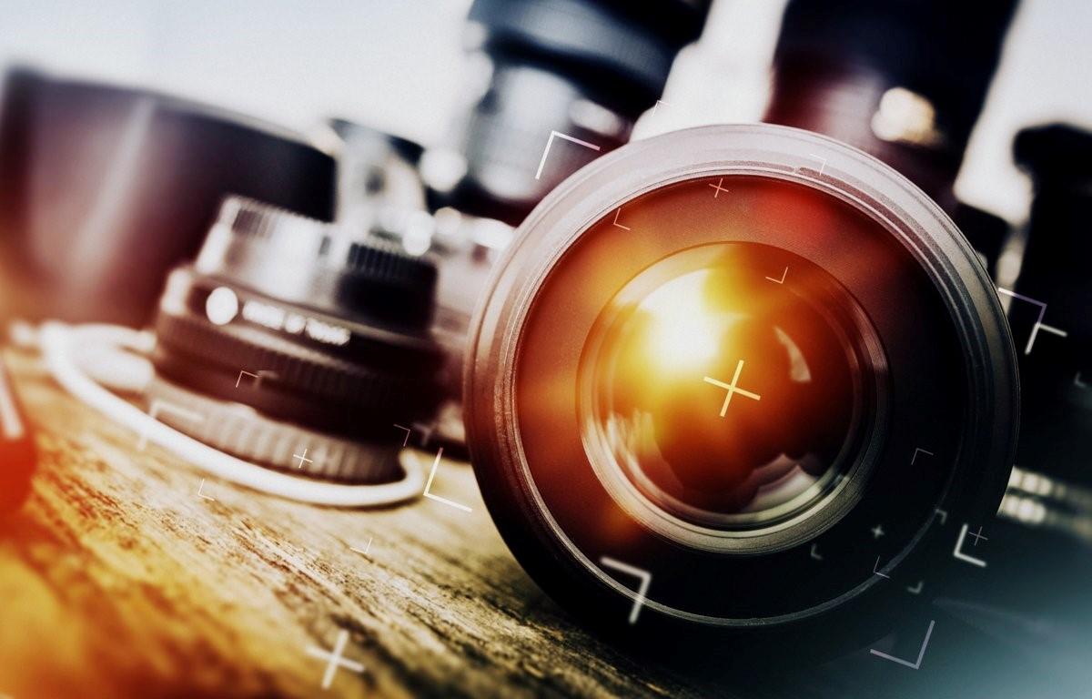 Cameras and blogging (4)